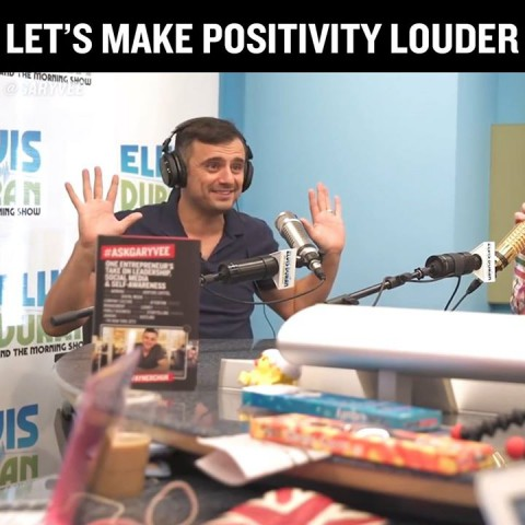 The entire point of an Alpha show:  #positivity  #feelgoodCu…
