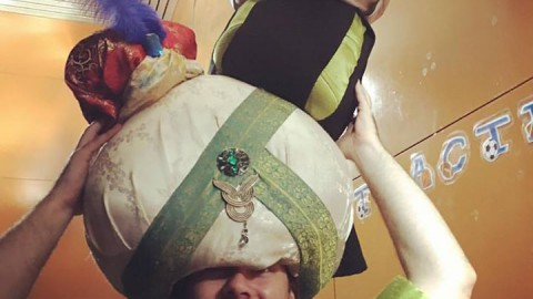 Jafar gotst all da turbans!!!!!  Mu-ha-ha!  #Turbans  #Sulta…